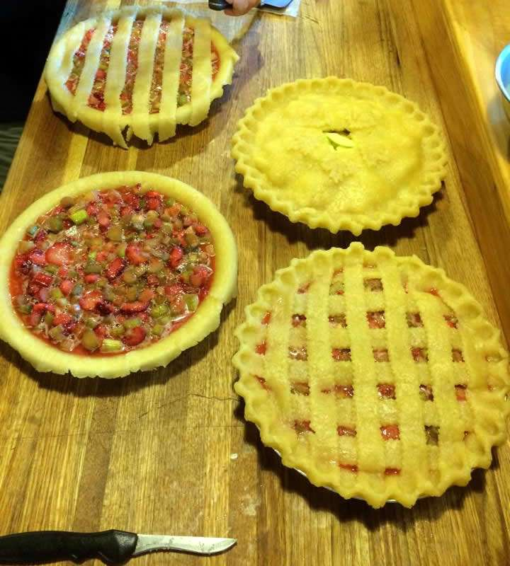 Mother Daughter Pies - Cheryl Crytzer - Craftsbury Farmers Market