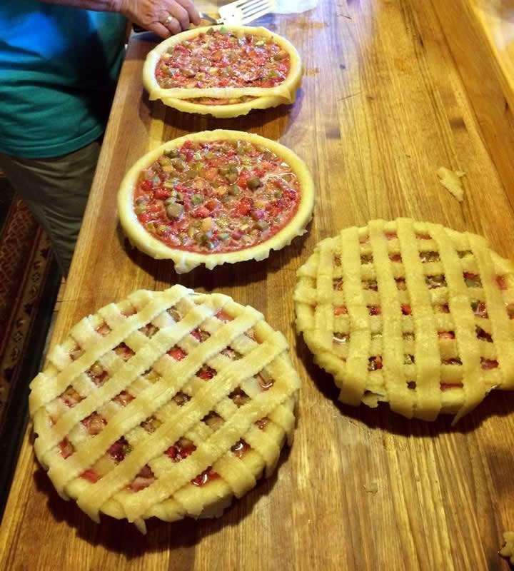 Mother Daughter Pies - Cheryl Crytzer - Craftsbury Farmers Market