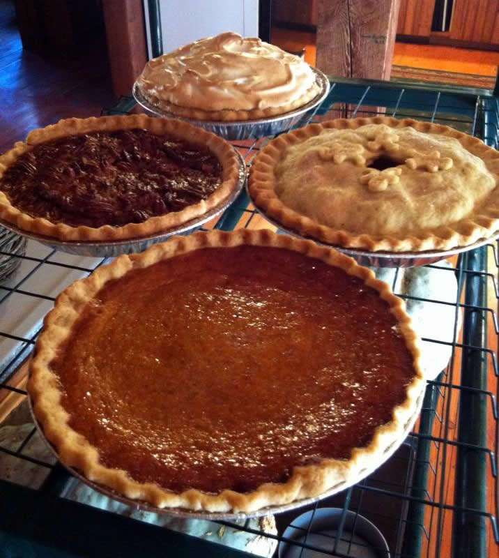 Mother Daughter Pies - Chery Crytzer - Craftsbury Farmers Market