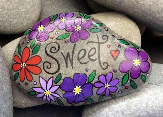 Lynn Grady - Stowe, VT artist of hand-painted river rock - SWEET